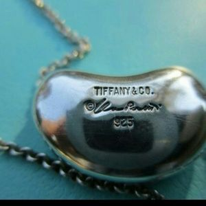 Tiffany & Co Elsa Peretti 925 Silver Bean necklace